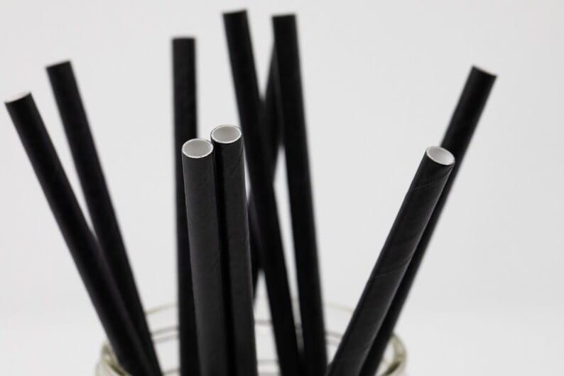 mẫu ống hút giấy màu đen