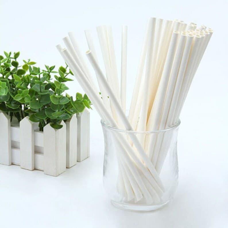ống hút bằng giấy dùng được bao lâu trong nước