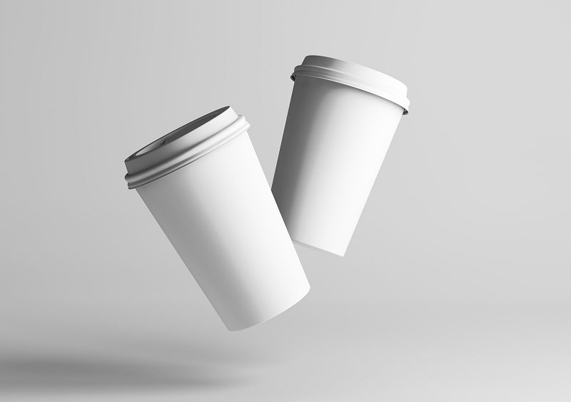 so sánh ly giấy với ly nhựa